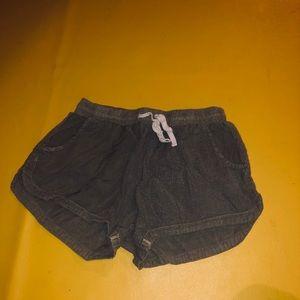 Army green Billabong shorts